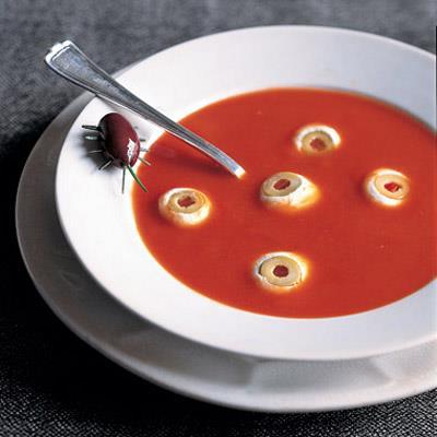 menu, potrawy na halloween, zupa z oczami