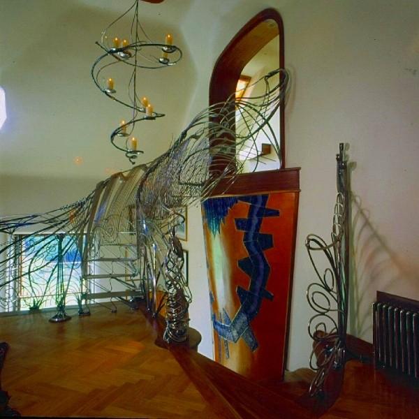dom smoka - schody