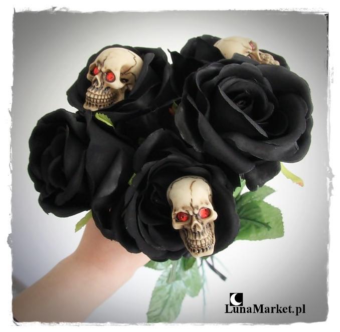 czarne róże z czaszkami na mroczne walentynki dla gotyckiej dziewczyny